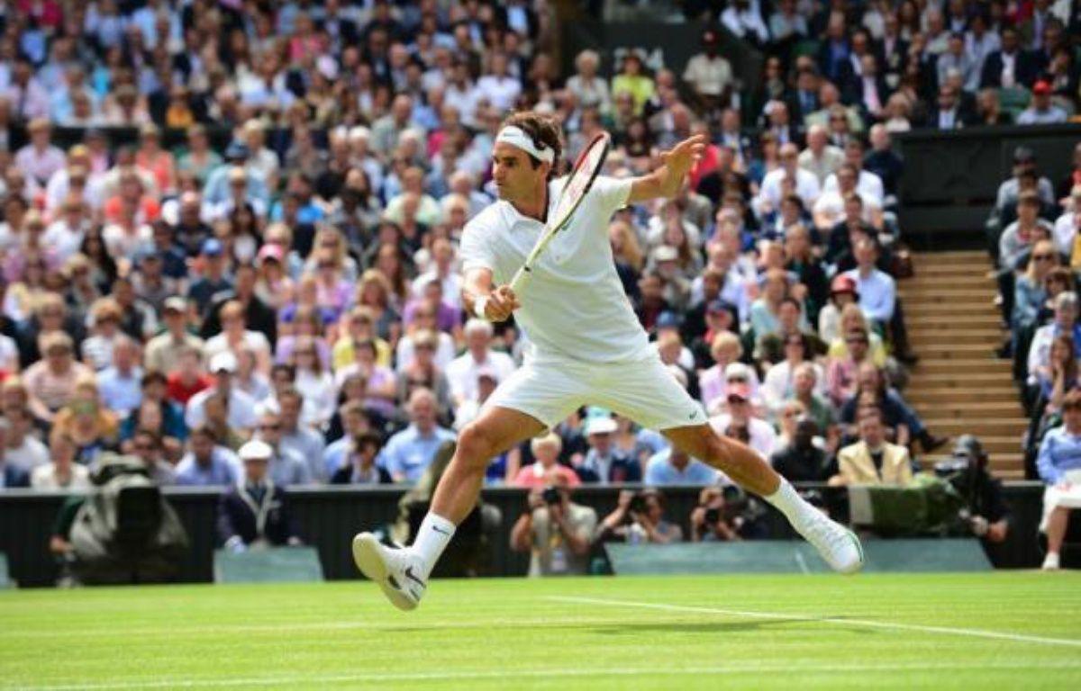 Les chocs attendus entre Roger Federer et Novak Djokovic d'un côté, Andy Murray et Jo-Wilfried Tsonga de l'autre seront bien à l'affiche des demi-finales de Wimbledon, mais les quatre cadors n'ont pas dépensé la même énergie mercredi pour se donner le droit d'y participer. – Leon Neal afp.com