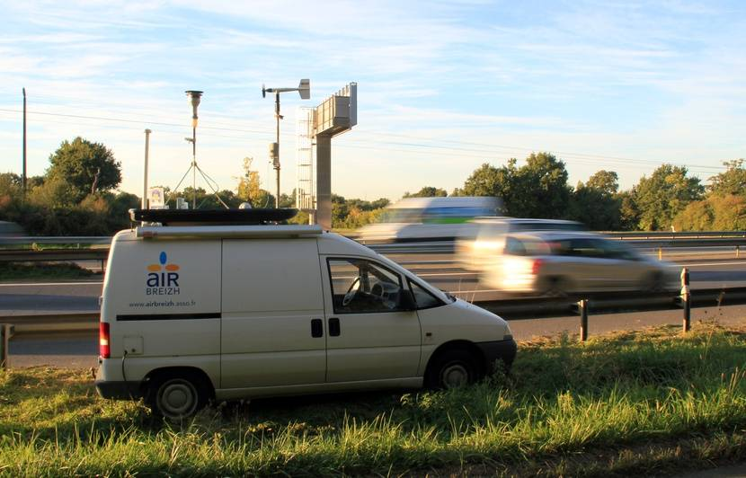 Bretagne: Pollution de l'air aux particules fines, les automobilistes doivent lever le pied