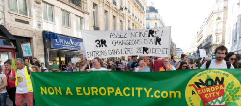 Lors d'une manifestation du collectif contre l'urbanisation du triangle de Gonesse, en octobre 2018.