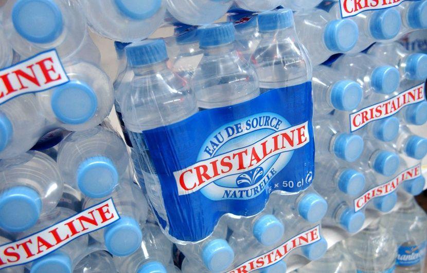 Wallis-et-Futuna: Des bouteilles de Cristaline interdites à la vente après la découverte de germes