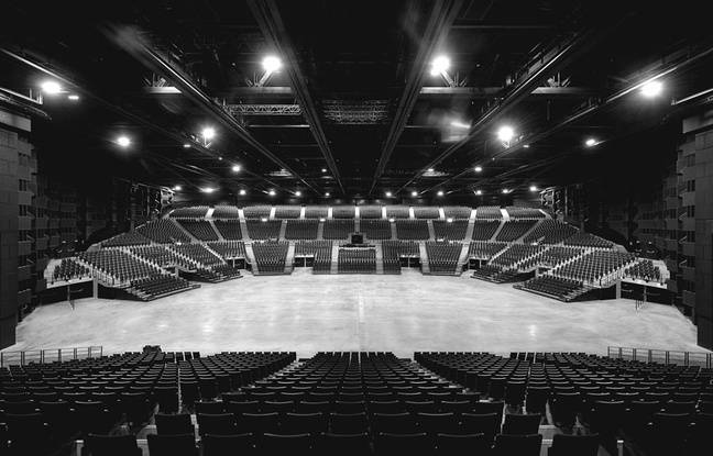 Bordeaux m tropole arena depeche mode qui monte sur for Interieur u arena