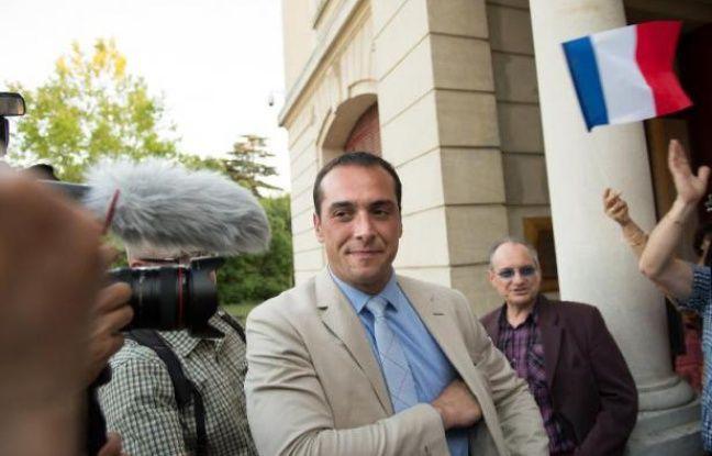 648x415 joris-hebrard-d-candidat-fn-municipales-pontet-vaucluse-apres-election-1er-tour-31-mai-2015.jpg 13f0165af56