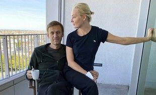 Alexeï Navalny et son épouse,  Ioulia Navalnaïa.