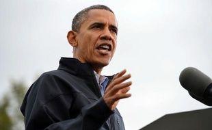 """Le président des Etats-Unis Barack Obama, très offensif jeudi, a accusé son adversaire républicain Mitt Romney d'avoir menti la veille lors de leur débat télévisé et a ironisé sur l'absence du """"vrai Mitt Romney"""" de la scène."""