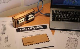 """La RegenBox permet de recharger les piles alcalines dites à """"usage unique""""."""