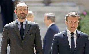 Le Premier ministre Edouard Philippe et le président de la République Emmanuel Macron, le 23 mai 2017, à l'ambassade du Royaume-Uni à Paris.