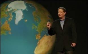 """""""Une vérité qui dérange"""", documentaire de Davis Guggenheim (Etats-Unis, 1H38), expose la croisade de l'Américain Al Gore, ancien vice-président de Bill Clinton (1993-2001), contre le réchauffement climatique. Dans ce film qui ne se veut pas pamphlétaire, Al Gore s'efforce de montrer qu'il s'agit du """"plus grand défi moral auquel est confrontée l'humanité""""."""
