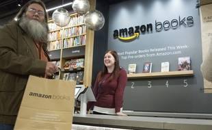 Une librairie Amazon a ouvert à Seattle à l'automne 2016.