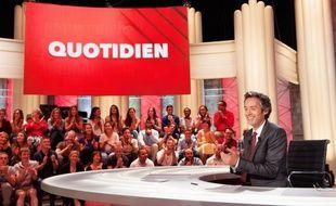 Yann Barthès dans «Quotidien», sur TMC.