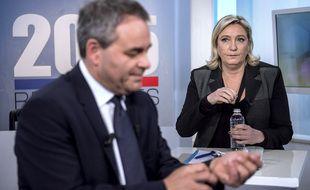 Xavier Bertrand et Marine Le Pen lors d'un débat pour les régionales en 2015.