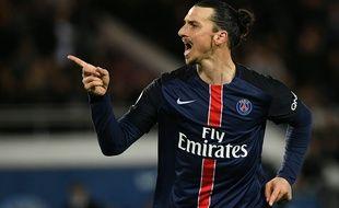 L'attaquant du PSG Zlatan Ibrahimovic, le 30 avril 2016, contre Rennes.