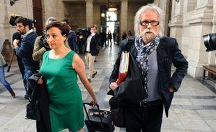 Lorea Chipi et Josy-Jean Bousquet, les avocats de Claude Ducos jugé pour complicité dans le meurtre d'Alexandre Junca. AFP PHOTO / IROZ GAIZKA