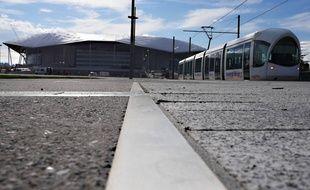 Le tramway devrait transporter vers le Grand Stade près de 12.000 voyageurs les soirs de match. Sytral.