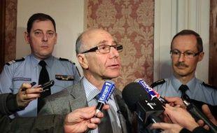 Un suspect dans l'affaire du meurtre d'une directrice d'agence bancaire dans la Somme, en 2002, a été identifié grâce à une nouvelle technique de reconnaissance ADN, alors qu'il est décédé entre-temps.