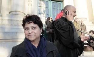La directrice de la crèche Baby Loup, Natalia Baleato et son avocat Richard Malka le 13 décembre 2010 à Mantes-la-Jolie