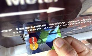 (Illustration) Un fichier contenant des adresses, numéros de téléphone, noms et numéros de cartes bancaires d'environ 90.000 abonnés au programme