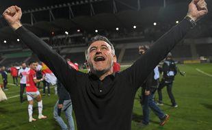 Christophe Galtier libère sa joie au coup de sifflet final, après la victoire du Losc à Angers.
