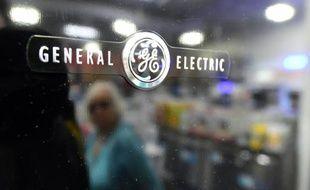 General Electric (GE) a fortement réduit ses pertes au premier trimestre mais n'a pas levé les doutes sur la croissance future de ses revenus affectés par les prix bas du pétrole qui plombent ses activités énergétiques