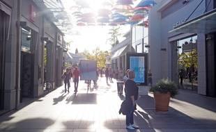 Le samedi 7 octobre 2017, dans la partie nord du centre commercial Polygone Riviera, à Cagnes-sur-Mer