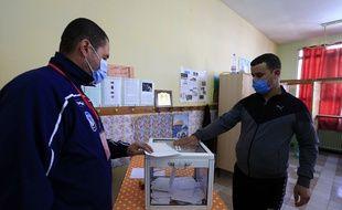 Le référendum algérien a peu fait bouger les foules