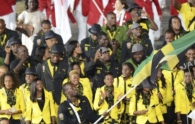 Bolt pendant la cérémonie d'ouverture des JO 2012