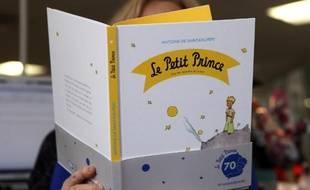 """Lecture d'une nouvelle édition du """"Petit Prince"""" à Paris le 11 avril 2013"""