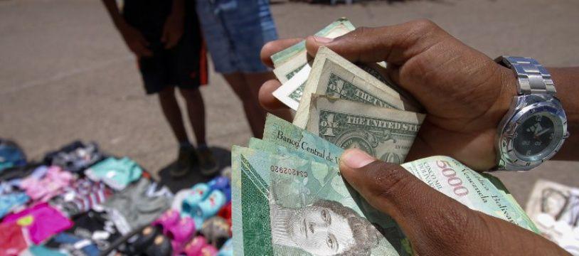 Avec cinq zéros en moins, les nouveaux billets vénézuéliens sont entrés en vigueur lundi 20 août 2018.