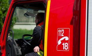 Deux pompiers ont été grièvement blessés, dimanche après-midi en Alsace, percutés par un de leurs véhicule qui s'est emballé. (Illustration)