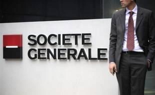 Après la mise en examen de Jérôme Kerviel, les juges chargés de l'enquête vont s'attacher à décortiquer les mécanismes bancaires ayant conduit à la perte record de la Société Générale, dont la responsabilité est mise en cause par les avocats du trader.