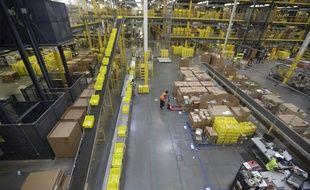 Un centre logistique Amazon à Robbinsville, aux Etats-Unis.