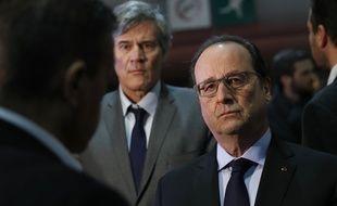 François Hollande et Stéphane Le Foll au Salon de l'agriculture le 27 février 2016.