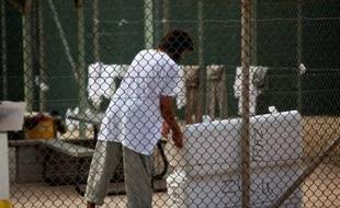 Un ancien détenu saoudien de la prison américaine de Guantanamo est devenu l'un des dirigeants de la cellule d'Al-Qaïda au Yémen, a indiqué vendredi à l'AFP un responsable américain de l'antiterrorisme.