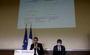 Conférence de presse d'Olivier Véran et Arnaud Fontanet le 1er octobre 2020 à Paris.