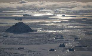 Vue de la mer de glace lors d'une opération de la Nasa, en 2017.