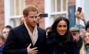 Le Prince Harry et sa fiancée Meghan Markle  ont fait leur premier bain de foule