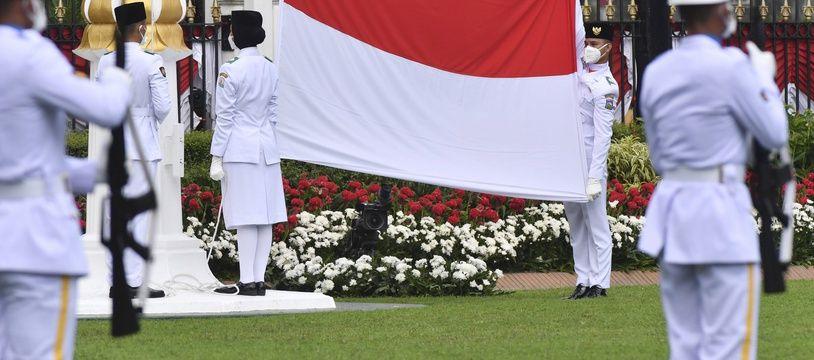 Le drapeau indonésien lors d'une cérémonie officielle. (archives)