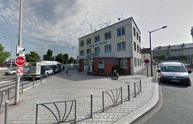 Une ado de 15 ans accouche au milieu du commissariat 640x410_commissariat-police-dunkerque