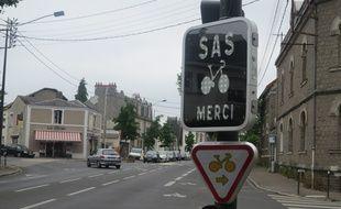 Un radar pédagogique pour le sas vélo a été installé à Nantes