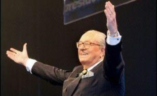 Une partie du système informatique, concernant la liste des maires apportant leur parrainage au candidat du Front National à la présidentielle Jean-Marie Le Pen, a bien été piratée au siège du FN à Saint-Cloud (Hauts-de-Seine).