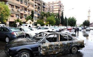 Au moins une personne a été tuée et plusieurs blessées mercredi dans deux attentats à la bombe perpétrés au coeur de Damas et dans sa banlieue sud-es