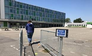Préparation de la rentrée scolaire au collège de la Neustrie à Bouguenais près de Nantes
