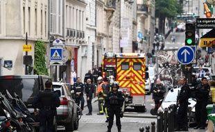 Prise d'otages à Paris, rue des Petites-Ecuries, dans le 10e arrondissement.