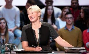 Maïtena Biraben présente «Le Grand Journal» sur Canal+.
