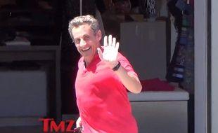 Capture écran d'une vidéo montrant Nicolas Sarkozy effectuant un footing à Beverly Hills.