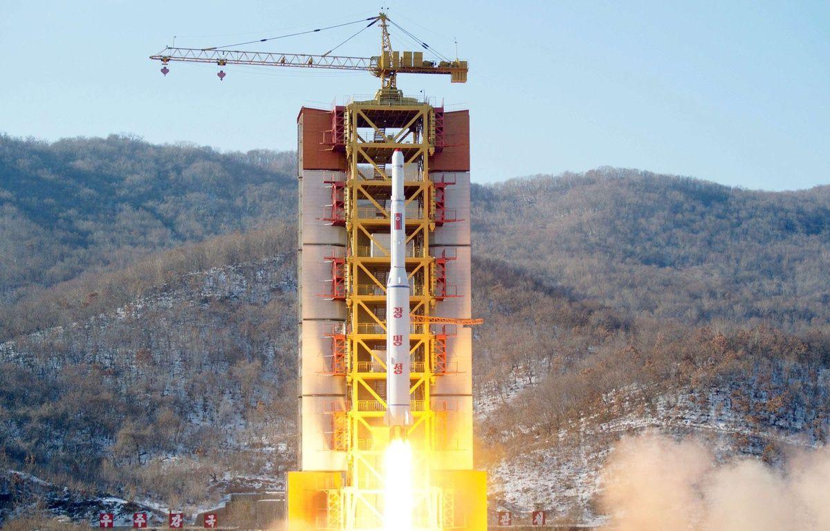 Tir d'une fusée longue distance à Tongchang-ri, en Corée du Nord, le 7 février 2016. – /NEWSCOM/SIPA