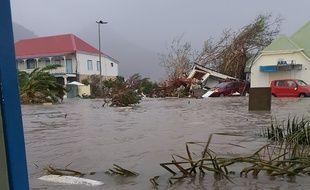 Saint-Martin après le passage de l'ouragan Irma, le 6 septembre 2017.