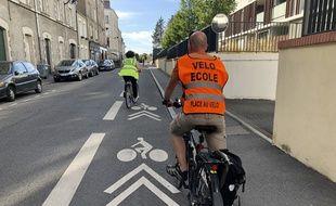 On a suivi une leçon avec Place au vélo