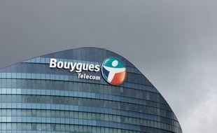 """L'opérateur Bouygues Telecom a porté plainte contre son concurrent Free le 6 décembre pour """"dénigrement et concurrence déloyale"""" au tribunal de commerce de Paris, a indiqué mardi un porte-parole à l'AFP, confirmant une information du magazine Challenge."""