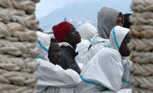 Des migrants secourus en mer, à leur arrivée le 1er février 2016 à Messine en Italie