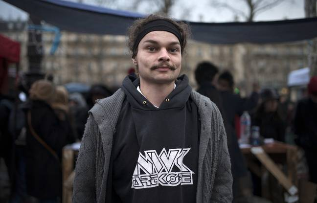 Maxime, un occupant de la place de la République, à Paris, dans le cadre de Nuit debout, le 6 avril 2016.